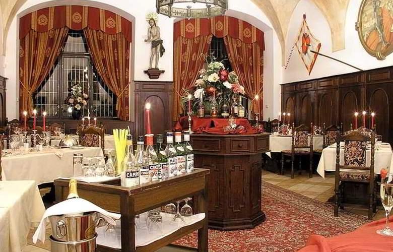 Ruze - Restaurant - 23