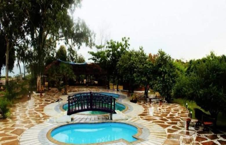Changani Beach Cottages - Pool - 7