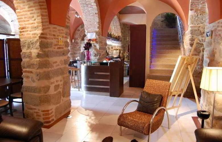 Los Usias Hotel - General - 1
