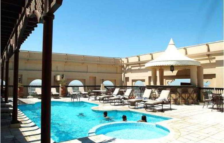 Mercure Grand Hotel Seef, All Suites - Pool - 0