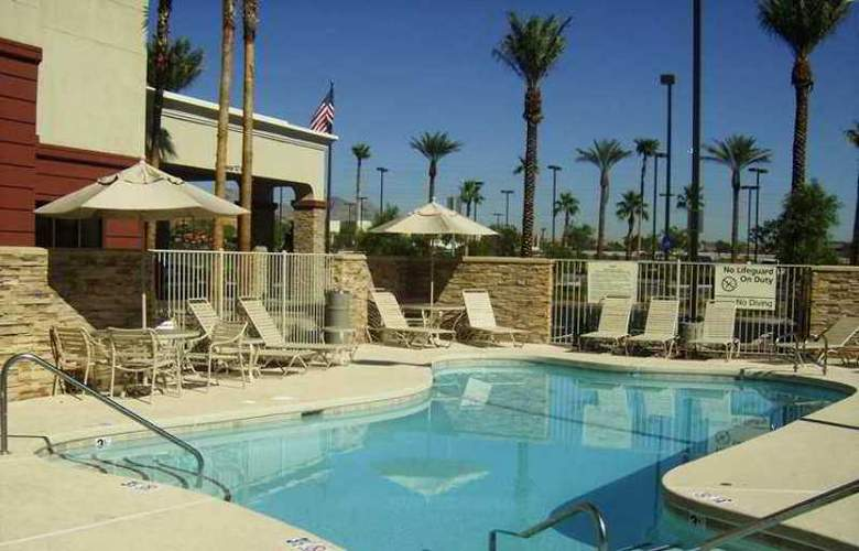 Hampton Inn & Suites Las Vegas Red Rock Summerlin - Hotel - 12