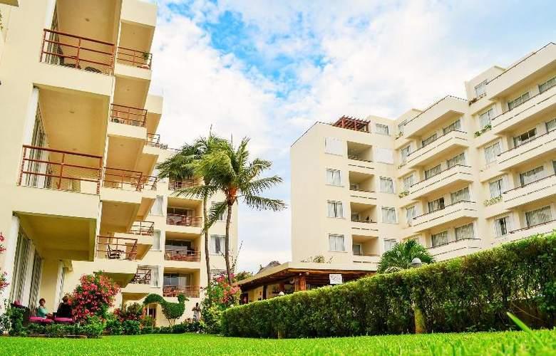 Ixchel Beach Hotel - Hotel - 8