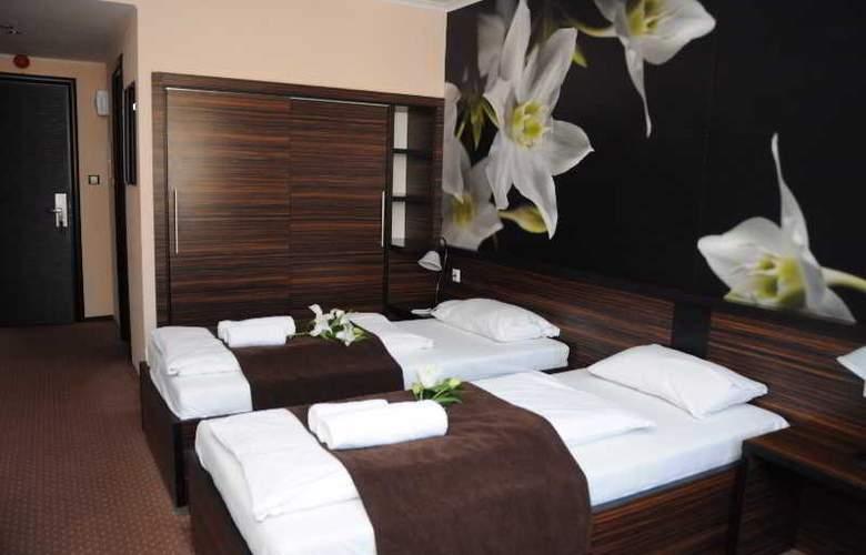 Green Hotel Budapest - Room - 3