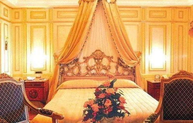 Regina Palace - Room - 4