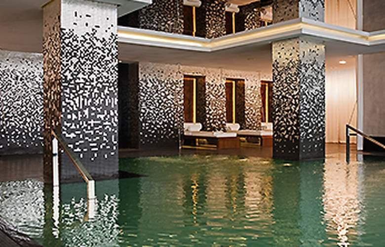 Sofitel Casablanca Tour Blanche - Pool - 11
