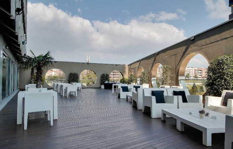 Rafael Hoteles Badalona - Terrace - 50