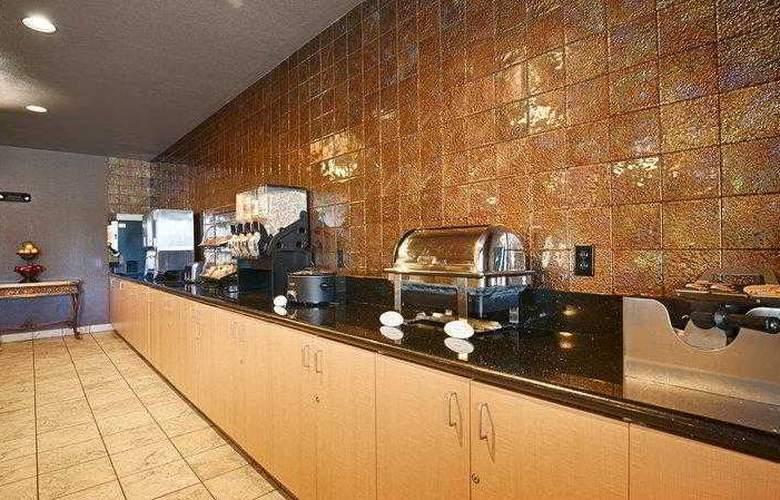 Best Western Plus Lincoln Inn - Hotel - 9