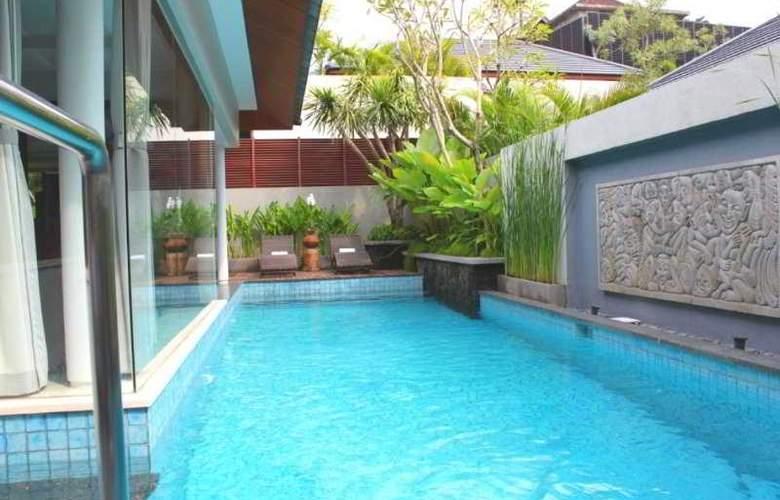 Royal Kamuela Villas Monkey Forest Ubud - Pool - 7