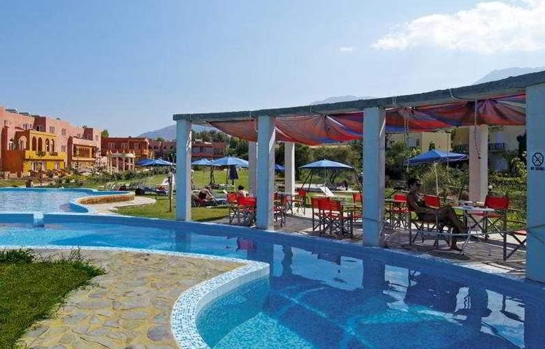Orpheas - Pool - 6