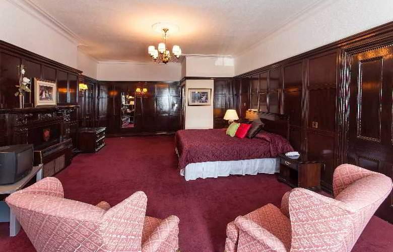 Russ Hill Hotel - Room - 9