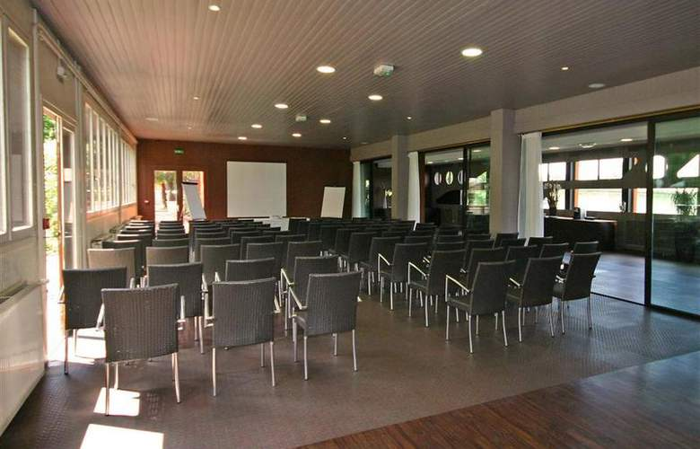 Auberge de Jons - Conference - 72