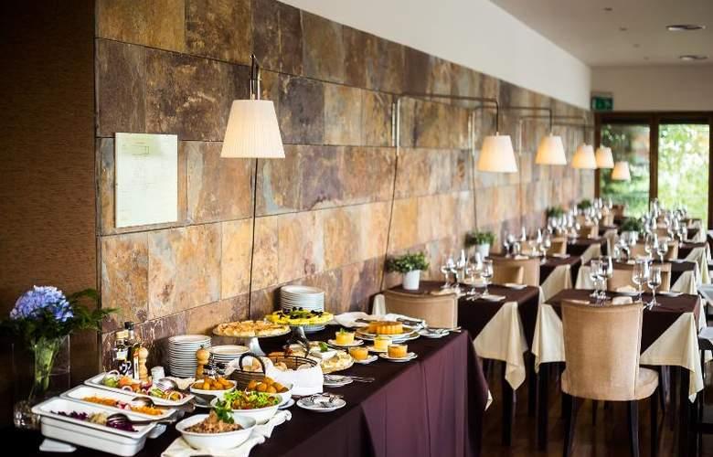 Santana - Restaurant - 19