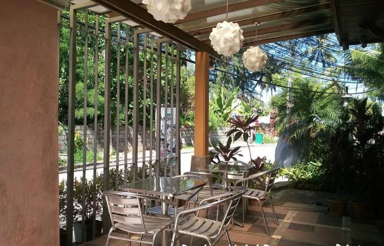 Bangtao Beach Chalet Phuket - Restaurant - 65