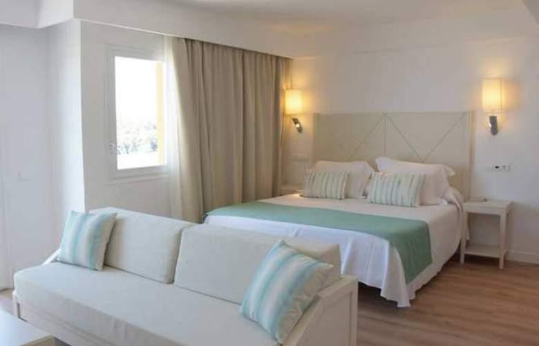 Blau Punta Reina Junior Suites Resort - Room - 2