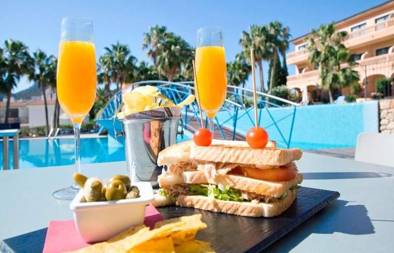 Mon Port Hotel Spa - Terrace - 205