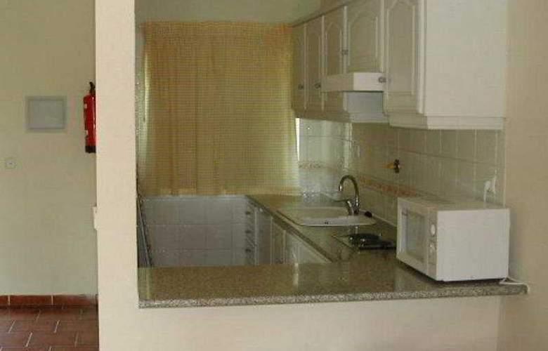 Villas do Lago - Room - 3