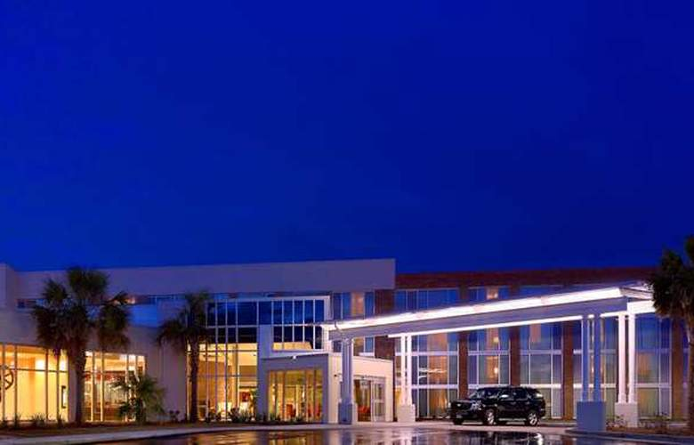 Doubletree by Hilton Hotel and Suites Charleston Airport - Hotel - 4