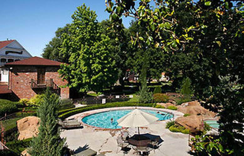 Paso Robles Inn - Pool - 5