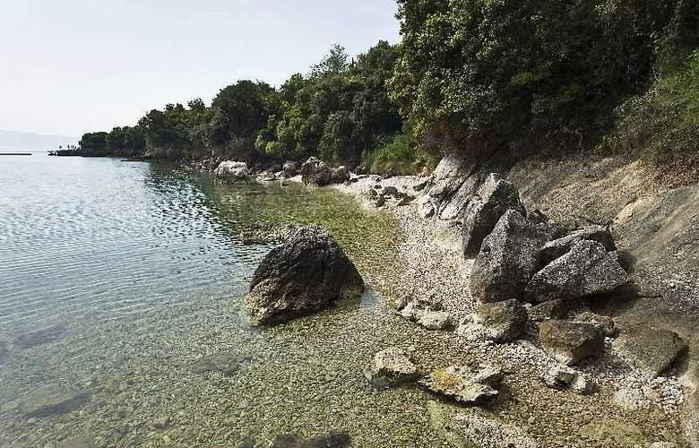 Villa Magemenou - Beach - 2