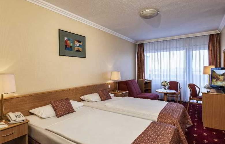 Danubius Hotel Arena - Room - 2