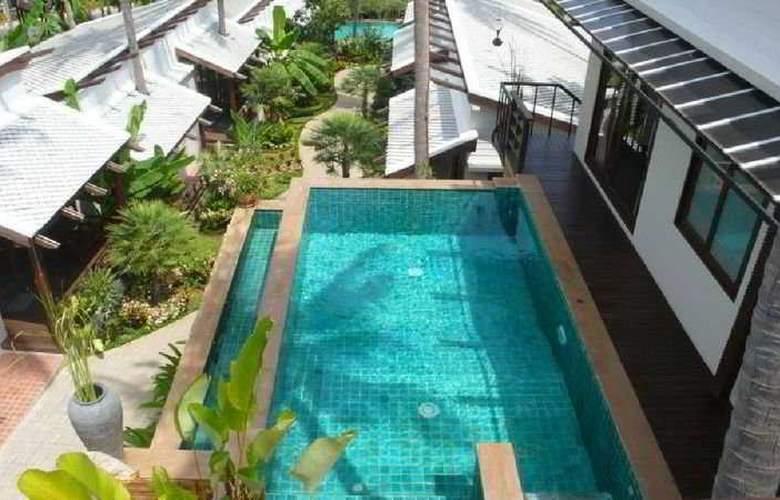 The Sasitara Residence - Pool - 3