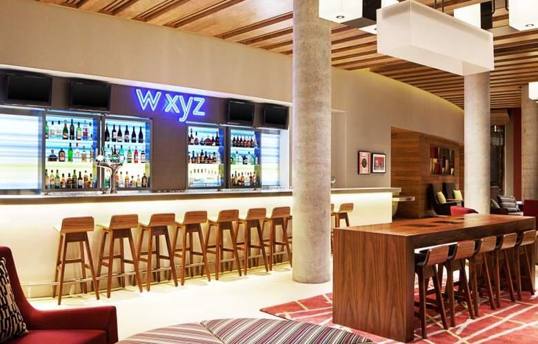Aloft London Excel - Bar - 3