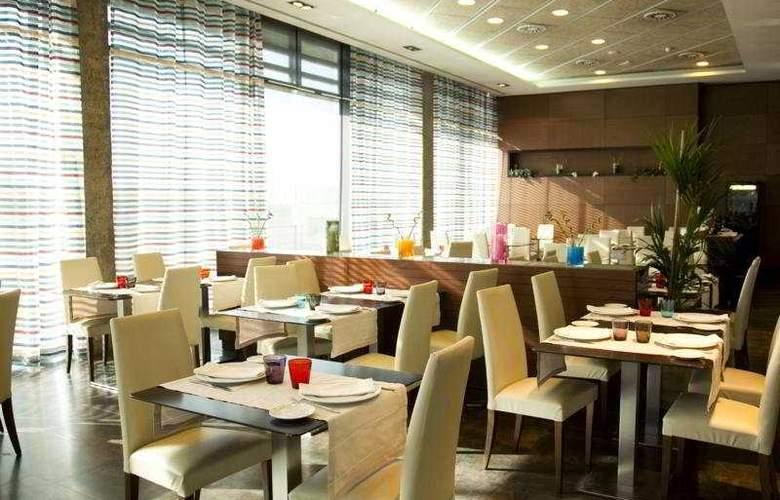 Las Artes - Restaurant - 5