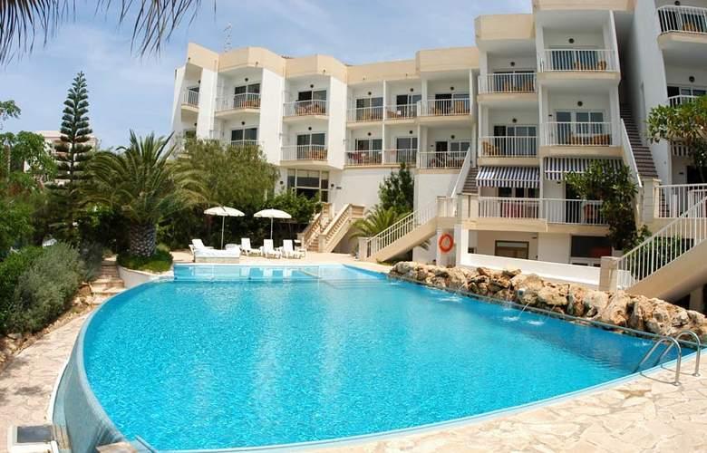 Apartamentos Castavi - Hotel - 0