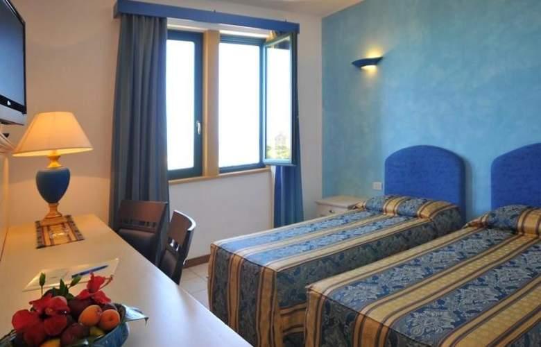 Catalunya - Room - 8