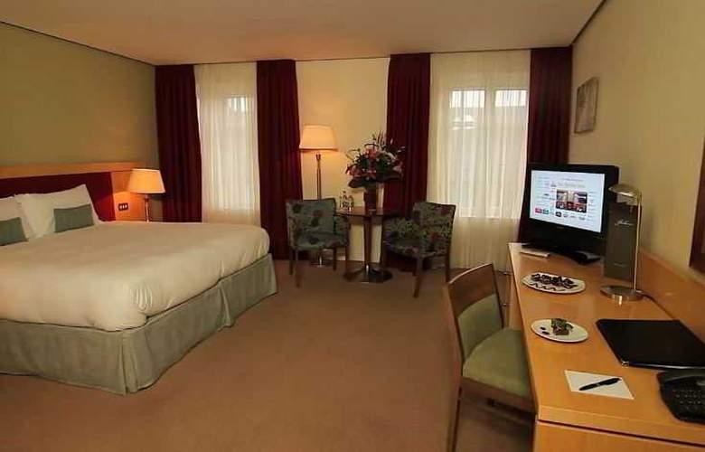 Pembroke Hotel - Room - 0