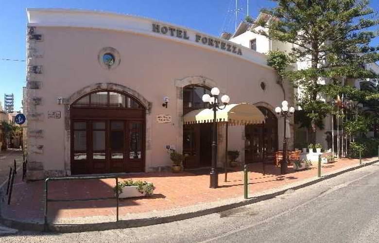 Fortezza - Hotel - 0