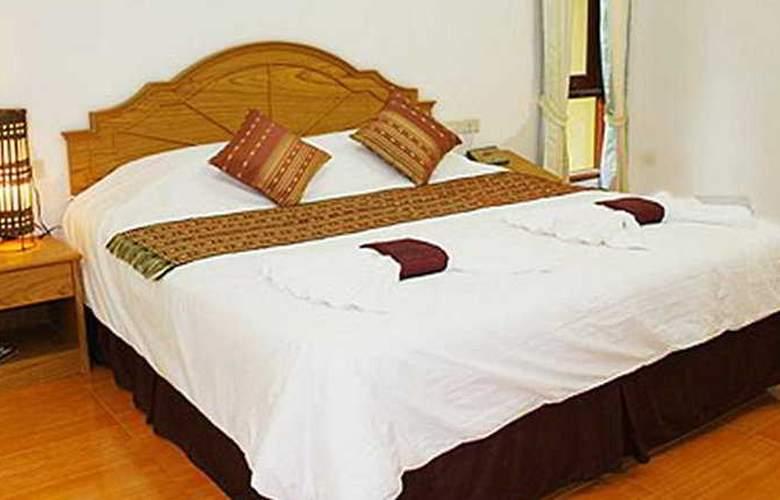 Tonsai Bay Resort - Room - 6