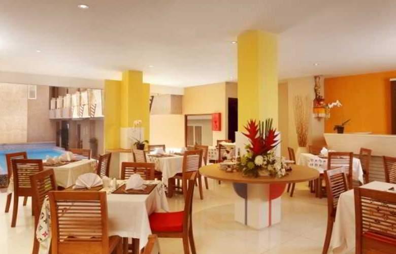 Rivavi Fashion - Restaurant - 10
