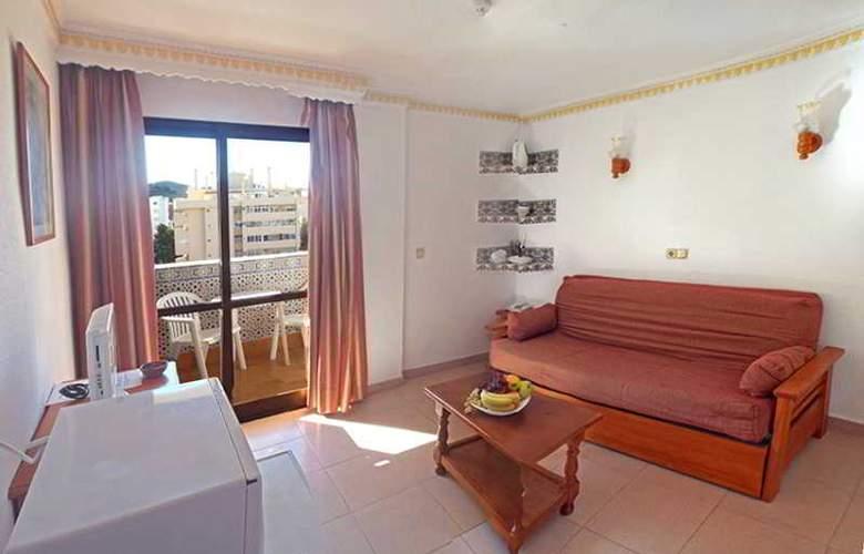 Hotel Apartamentos Veramar - Room - 10