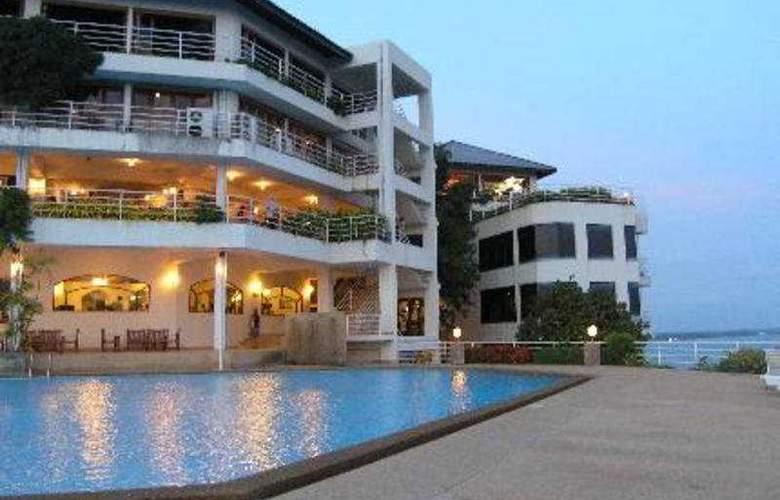 Hinsuay Namsai Resort Rayong - Pool - 2