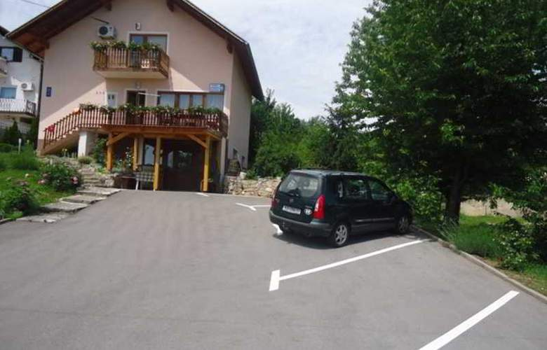 Apartments Kristic - Hotel - 5