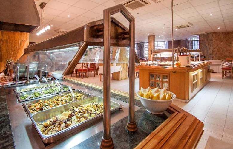 Blue Sea Costa Verde - Restaurant - 36