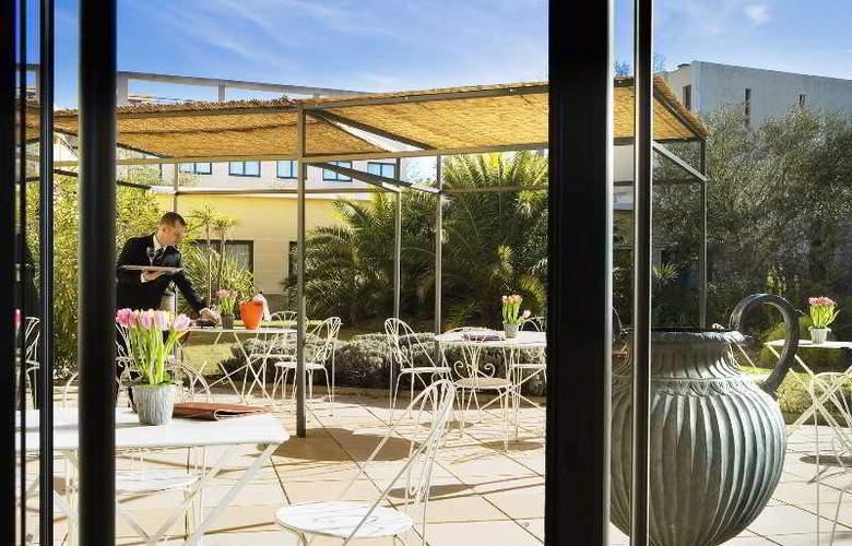 Avignon Grand Hotel - Hotel - 2