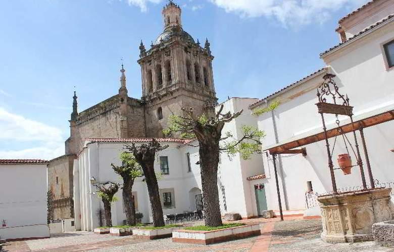 Palacio Coria - Terrace - 5