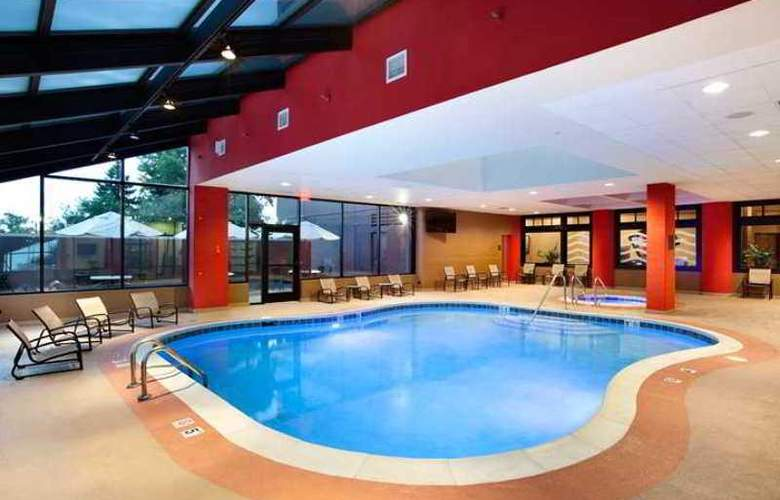 Hilton Suites Chicago/Oak Brook - Hotel - 3