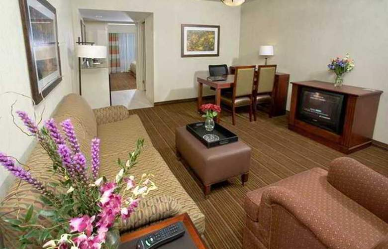 Embassy Suites Parsippany - Hotel - 9