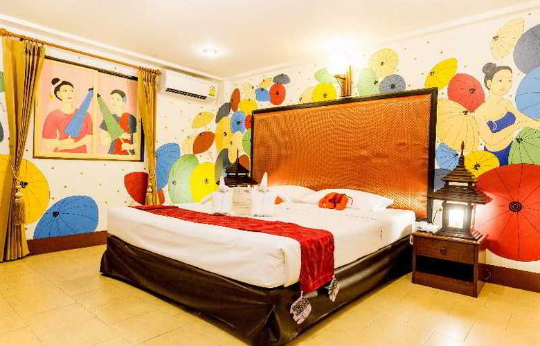 Parasol Inn - Room - 11