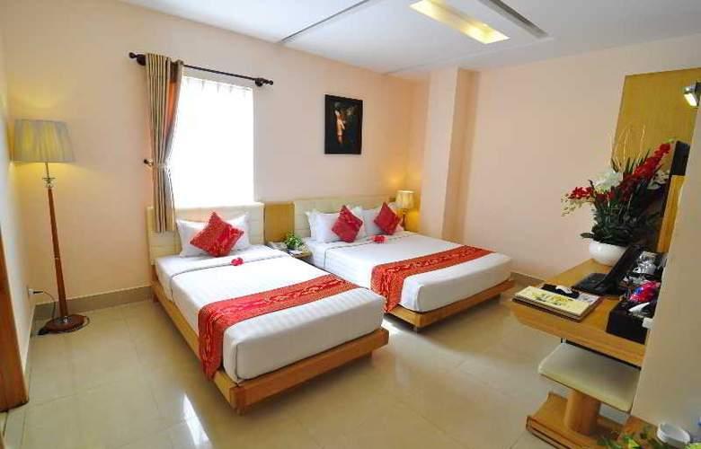 Queen Ann Hotel - Room - 1