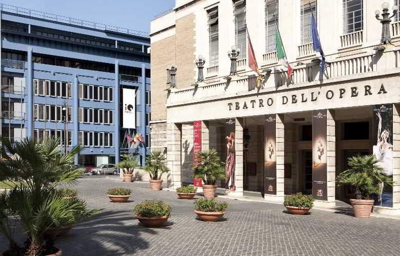 iQ Hotel Roma - Hotel - 9