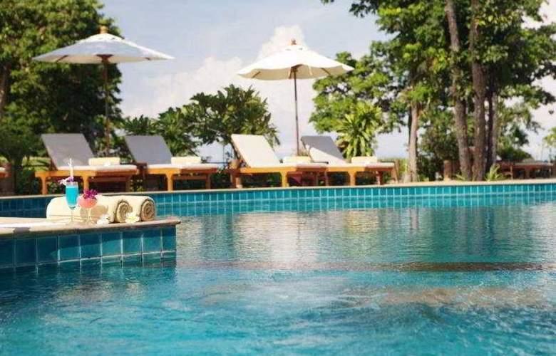 Ban Raya Resort and Spa - Pool - 7