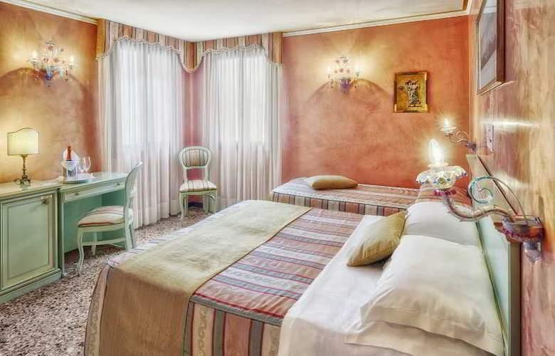 Firenze - Room - 11