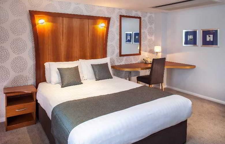 Corus Hyde Park - Room - 11