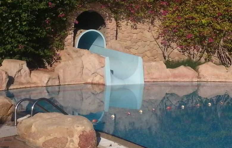 Hyatt Regency Sharm El Sheikh Resort - Pool - 26