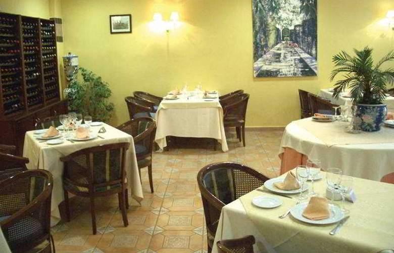 Valencia Golf - Restaurant - 1