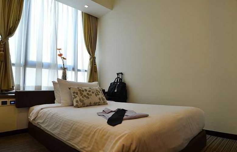Aqueen Hotel Lavender - Room - 13